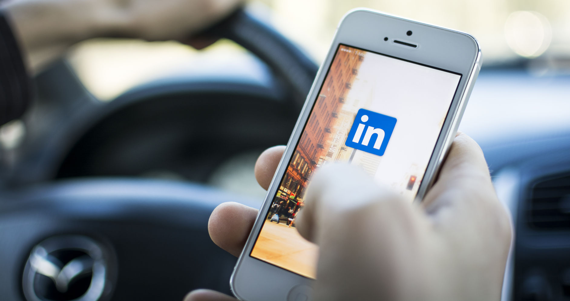 What You Need to Know About Targeting HCPs via LinkedIn Advertising